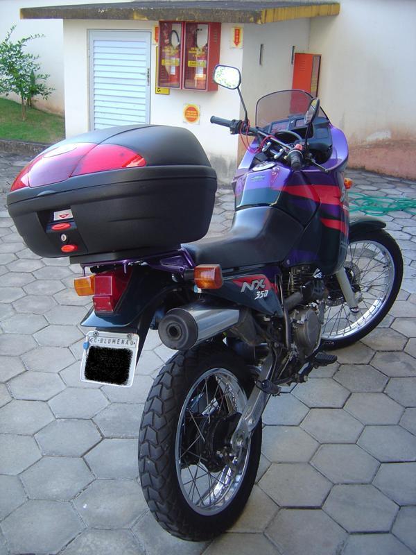 Moto com bauleto