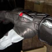 Luvas X11 Racer - Na mão