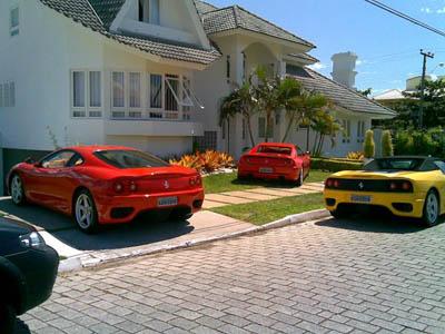 Carros e Casa em Jurerê Internacional