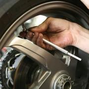 Verifique a calibragem dos pneus