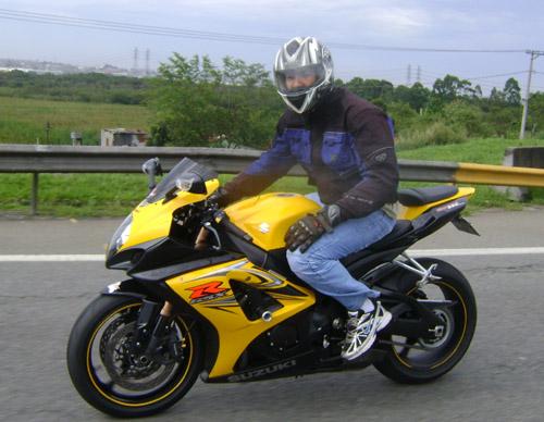 Eu na GSX-R 1000 2008