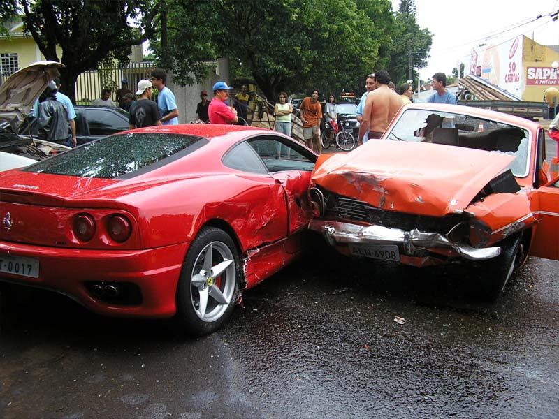 Quem tem seguro é a Belina, a Ferrari é o Terceiro!