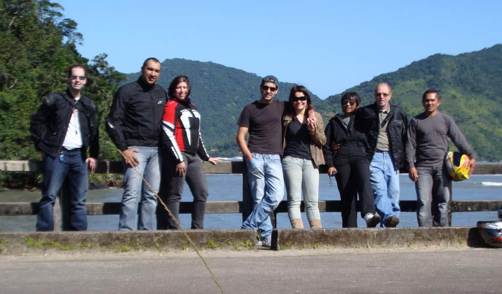Felipe Arruda, Daniel Ribeiro, Luana Delazari, César Delima, Vanessa Delima, Pedro Correia, Deise Correia e Samuel Brito
