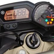 Painel da Yamaha XJ6 N 2012