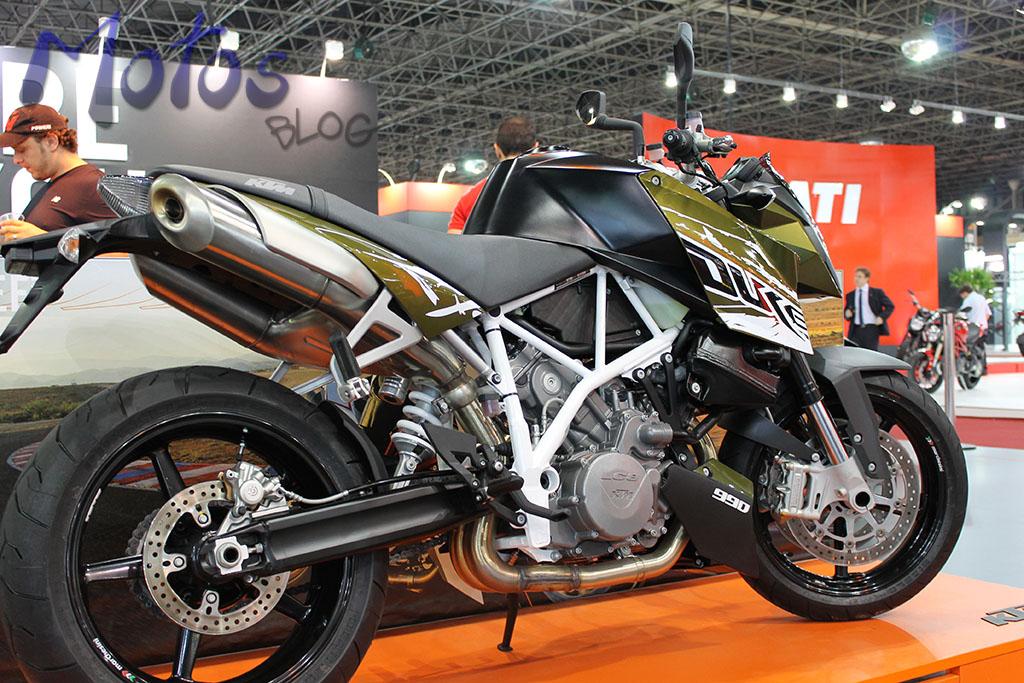 Super Duke 990