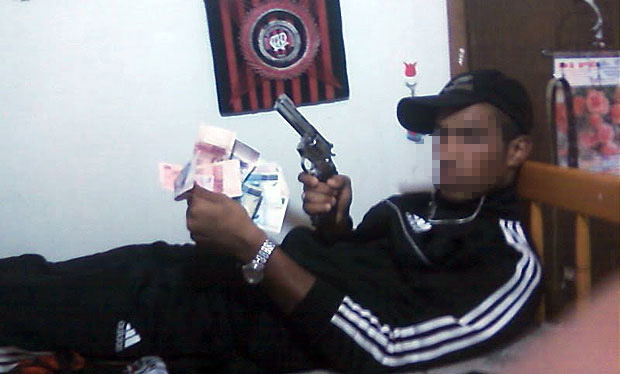 Bandido armado
