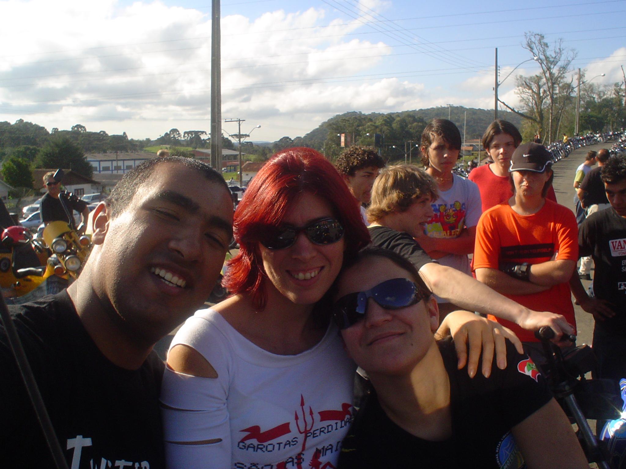 Eu, a Luana e nossa amiga Vanessa, em nosso primeiro encontro, em São Bento do Sul/SC - 2006
