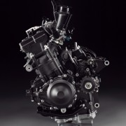 Yamaha YZF-R1 2013 (15)