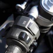 Yamaha YZF-R1 2013 (16)