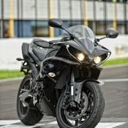 Yamaha YZF-R1 2013 (32)