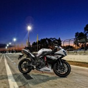 Yamaha YZF-R1 2013 (34)