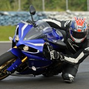 Yamaha YZF-R1 2013 (46)