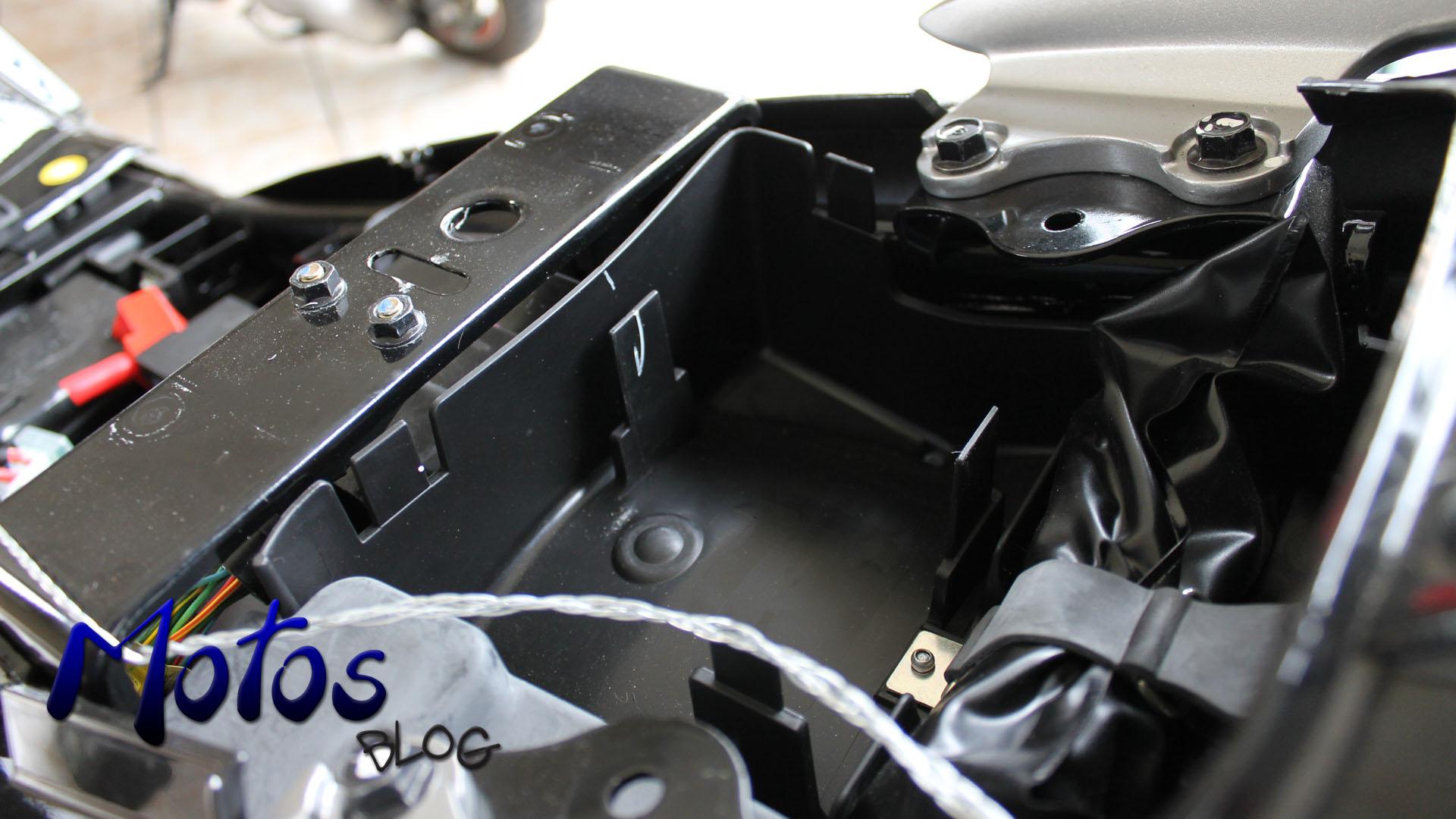 Porta objetos da Yamaha Fazer 250 Blueflex