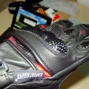 Luvas X11 Racer - Protetor em cima da mão