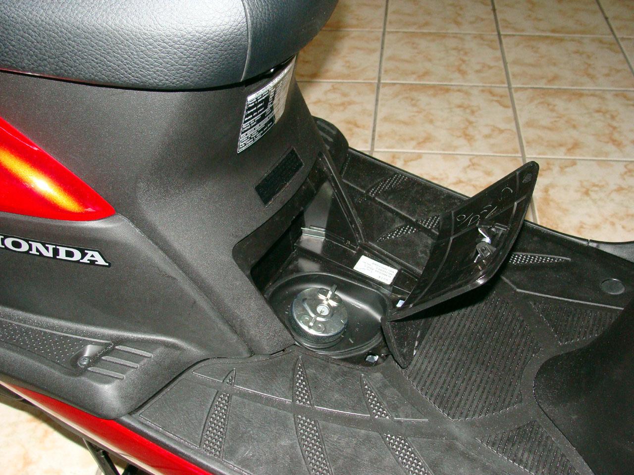 Tanque De Gasolina Da Honda Lead 110 Motos Blog