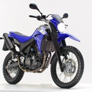 Yamaha XT 660 2010 Azul farol aceso