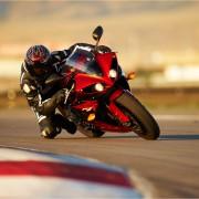 Yamaha YZF-R1 2011 Vermelha