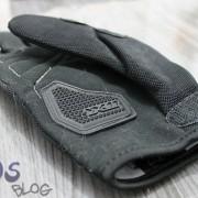 Protetor de borracha na base da palma da mão